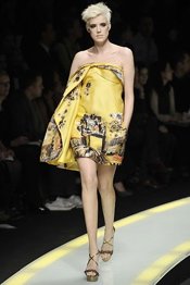 1-versace-yellow.jpg