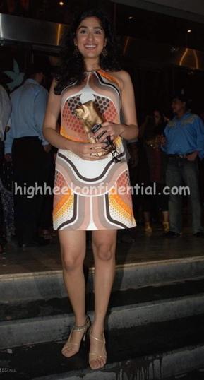 anjana-zaveri-bachna-ae-haseeno-screening-printed-dress.jpg