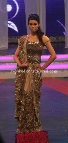 archana-kocchar-rajiv-gandhi-awards-fashion-show-11.jpg
