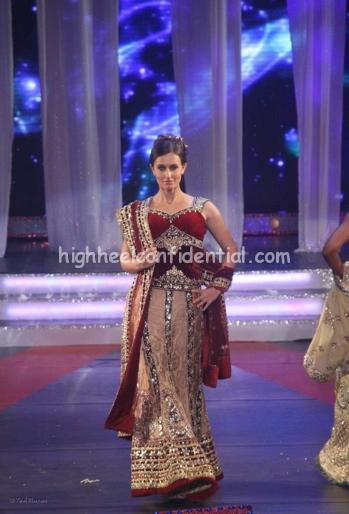 archana-kocchar-rajiv-gandhi-awards-fashion-show-31.jpg