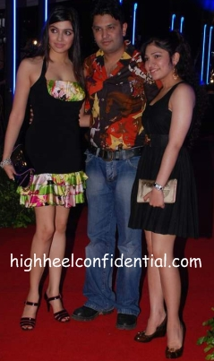 divya-khosla-rock-on-premiere.jpg