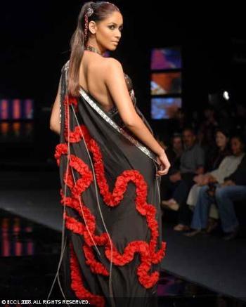 1-shantanu-and-nikhil-chivas-fashion-tour-mumbai.jpg