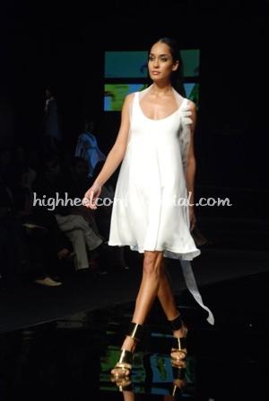 4-wendell-rodricks-chivas-fashion-tour-mumbai.jpg