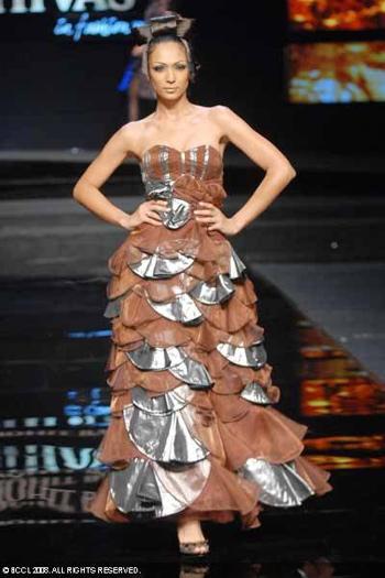 5-chivas-regal-fashion-week-rohit-bal-sept-27.jpg