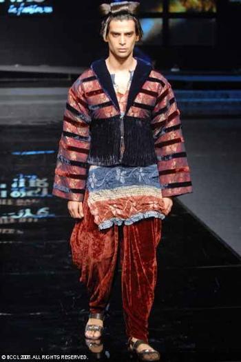 8-chivas-regal-fashion-week-rohit-bal-sept-27.jpg