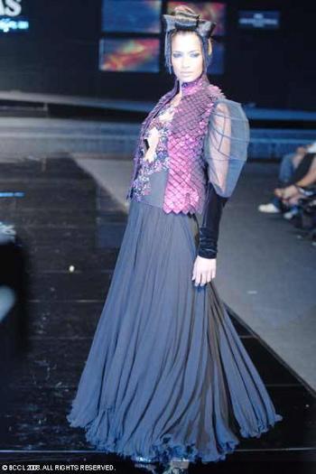 9-chivas-regal-fashion-week-rohit-bal-sept-27.jpg