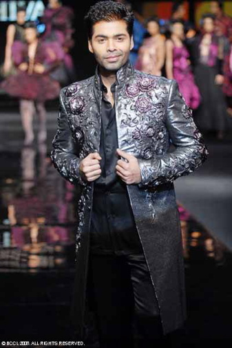 karan-johar-chivas-regal-fashion-week-rohit-bal-runway.jpg