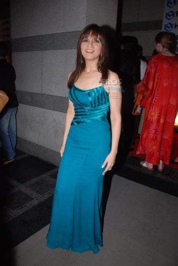 neeta-lulla-hdil-couture-week-blue-gown.jpg