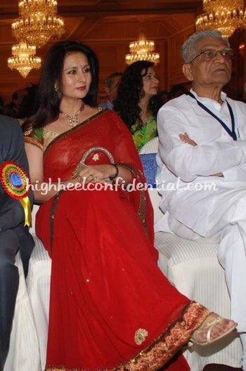 poonam-dhillon-priyadarshini-awards1.jpg
