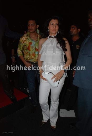 sangeeta-bijlani-jj-vallaya-hdil-couture-week1.jpg