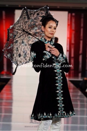 1-honey-waqar-bridal-asia-show-20081.jpg