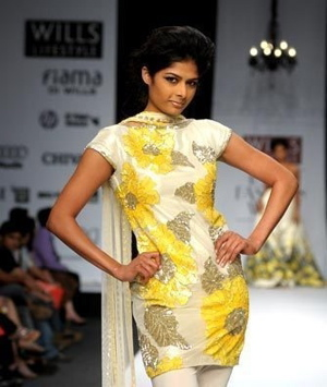 1-swapan-and-seema-wlifw-spring-09.jpg