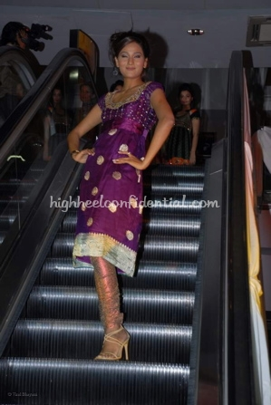 10-priyanka-thakur-fashion-show.jpg