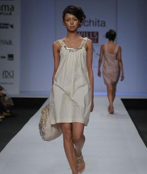 10-sanchita-wlifw-spring-summer-09.jpg