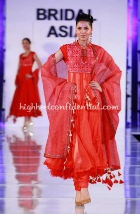 2-maheen-khan-bridal-asia-show-20081.jpg