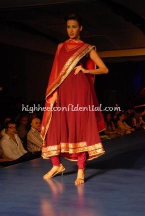 20-maheka-mirpuri-fashion-show.jpg
