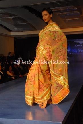 21-maheka-mirpuri-fashion-show.jpg