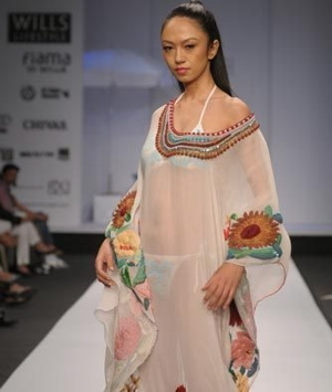 4-parvesh-and-jai-spring-09-wlifw.jpg