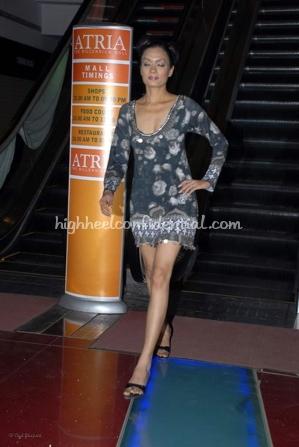 4-priyanka-thakur-fashion-show.jpg