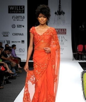 4-swapan-and-seema-wlifw-spring-09.jpg