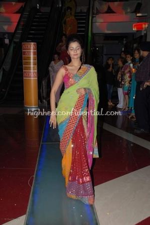 5-priyanka-thakur-fashion-show.jpg