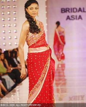 6-meera-muzaffar-ali-bridal-asia-show-2008.jpg