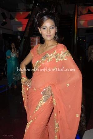 7-priyanka-thakur-fashion-show.jpg