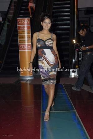 8-priyanka-thakur-fashion-show.jpg