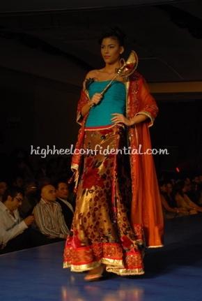 9-maheka-mirpuri-fashion-show.jpg