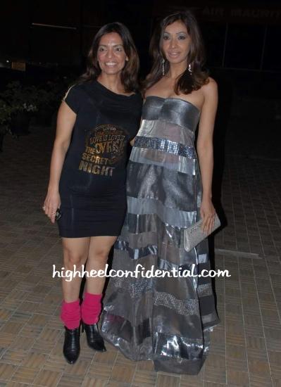 achala_fashion_gitanjali.jpg