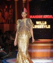 metallic-manish-arora-trend-report-spring-09.jpg