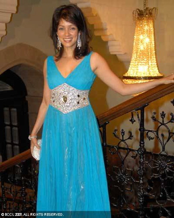 vidya-malwade-bombay-times-14th-anniversary-party-blue-dress.jpg