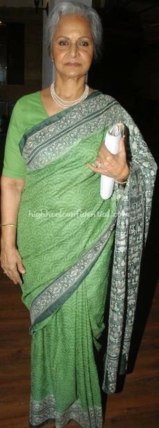 waheeda-rehman-green-sari-music-launch.jpg