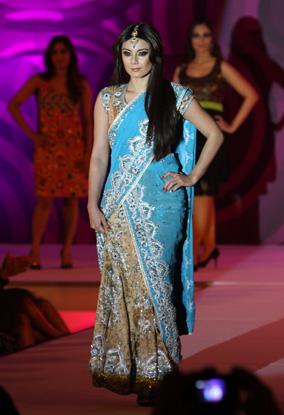 minissha-vikram-phadnis-dubai-fashion.jpg