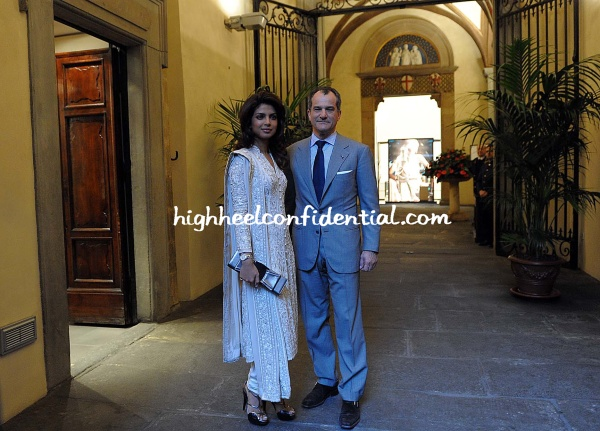 priyanka_with_leonardo_ferragamo_at__ferragamo_museum_in_florence-4.jpg