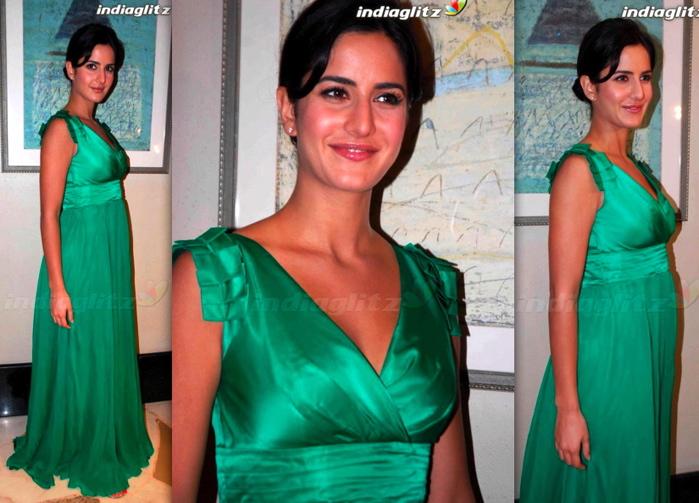 katrina-kaif-kambakkht-ishq-success-bash-green-dress