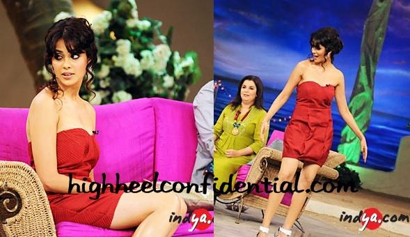 genelia-d-souza-tere-mere-beach-mein-red-dress