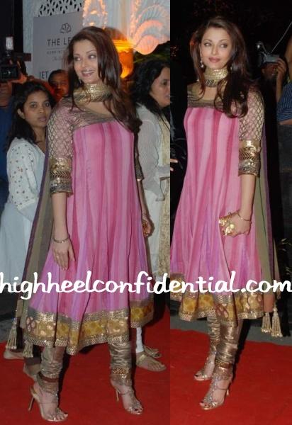 aishwarya-rai-pink-manish-malhotra-kaifi-azmi-event