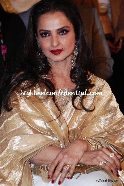 rekha-stardust-awards-2010