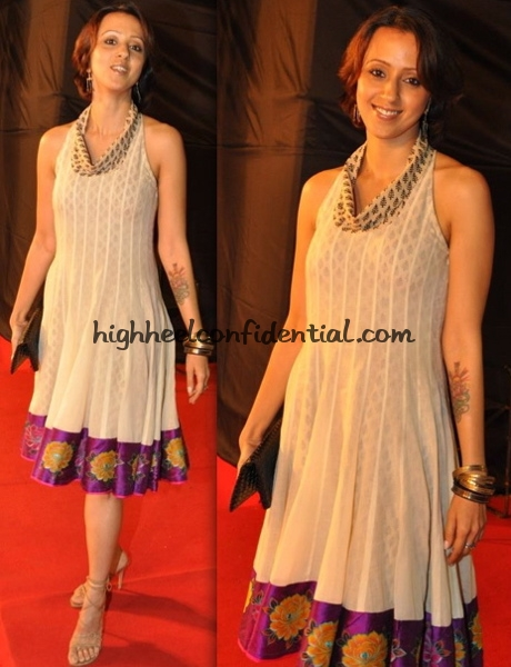 airtel-mirchi-music-awards-ishita-arun-manish-malhotra-dress
