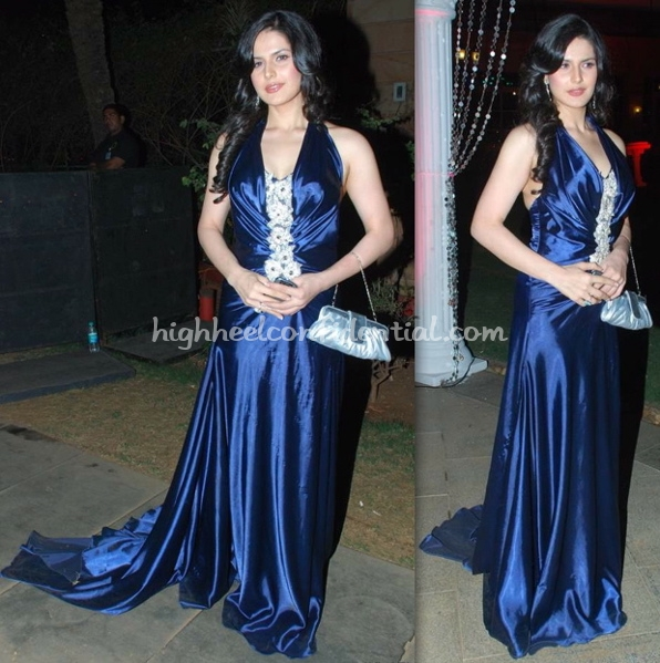 gr8-women-achiever-awards-2010-zarine-khan-archana-kochchar-dress