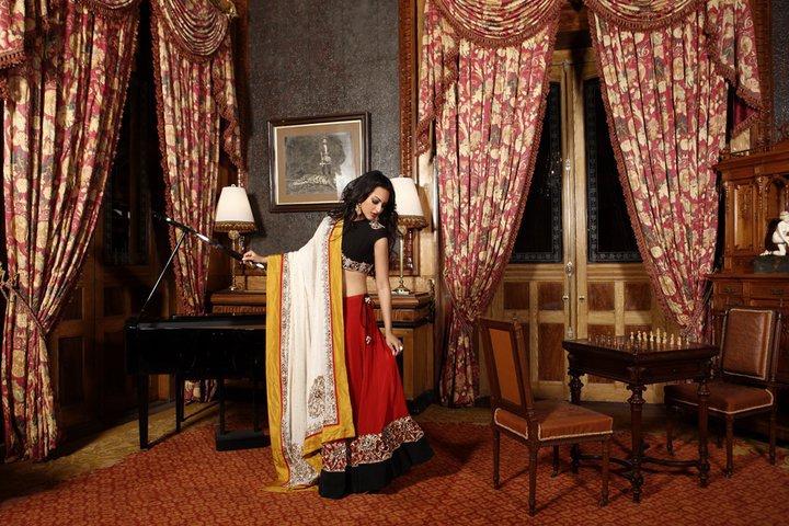 sonakshi in hi living decoded high heel confidential. Black Bedroom Furniture Sets. Home Design Ideas