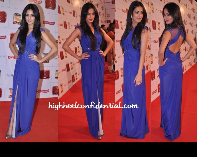 sonal-chauhan-falguni-shane-peacock-stardust-awards-2013