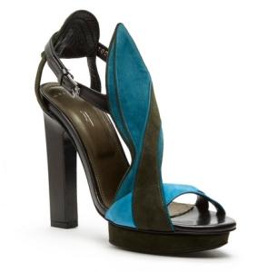 maiyet-sandal
