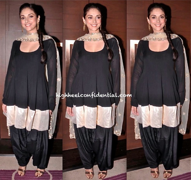 aditi rao hydari At Raanjhanaa Success Party in payal singhal-1