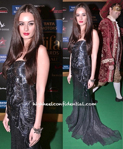at iifa 2013 in macau evelyn sharma wears roberto cavalli