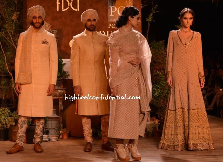 sabyasachi-delhi-couture-week-2013-4