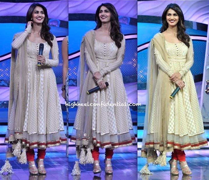 Vaani Kapoor In Tarun Tahiliani On The Sets Of Dance India Dance For Shuddh Desi Romance Promotion-1