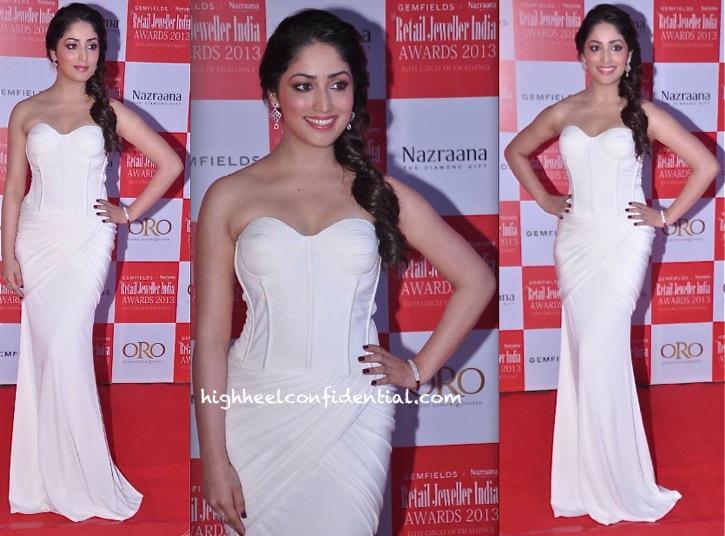 Yami Gautam At Retail Jeweller India Awards 2013 In Sonaakshi Raaj