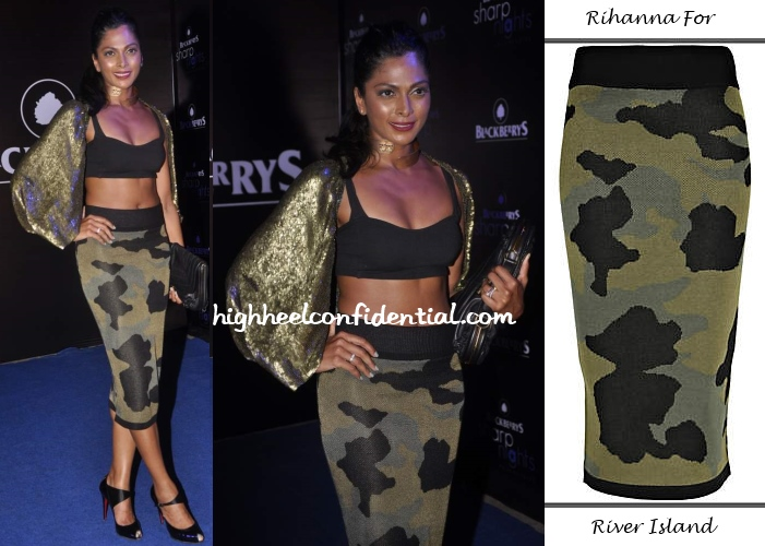 nina-manuel-rihanna-river-island-skirt-blackberry-sharp-nights